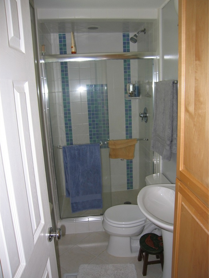 A bathroom remodel that played well with others - Strite ...