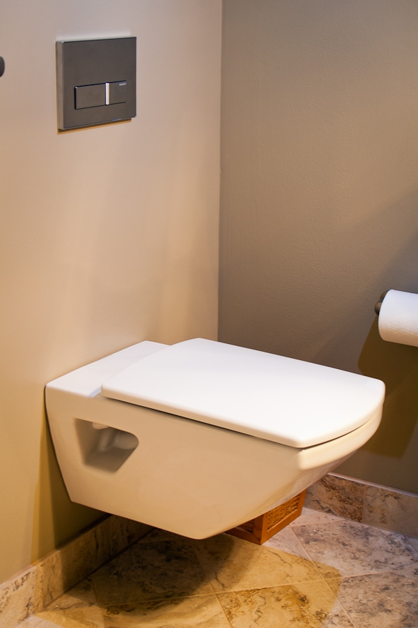 From empty nest to guests: A simple bathroom remodel ...