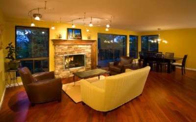 From ho-hum to holy cow! Boise, Idaho living room remodel